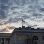 Белый дом захотел ввести больше санкций против России
