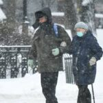 Собянин считает, что снимать ограничения для пожилых в Москве пока рано