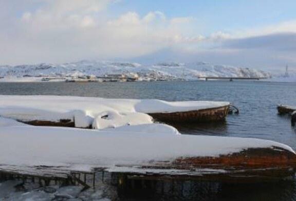 В Баренцевом море на траулере Polaris отказал основной двигатель