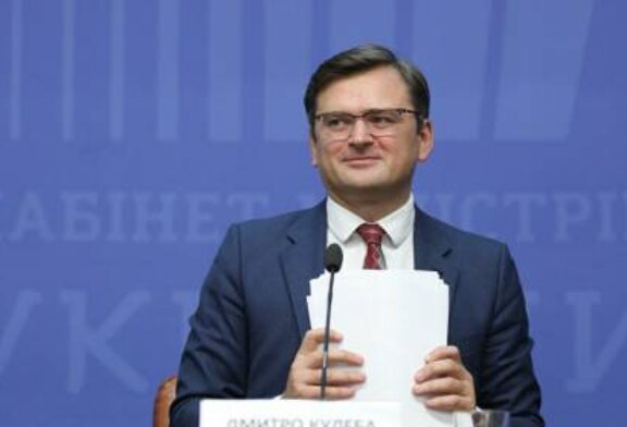 Глава МИД Украины призвал Россию «открыть доступ» в Крым