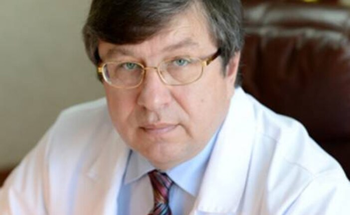 Хирург Юрий Белов: «Мои руки называют «швейная машинка «Зингер»