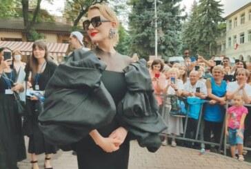 Литвинова рассказала о работе над собой: «Не помню, когда ела картошку»