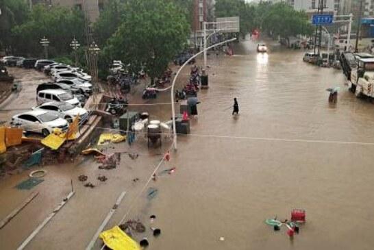 Новые iPhone могут задержаться из-за затопленной фабрики в Китае