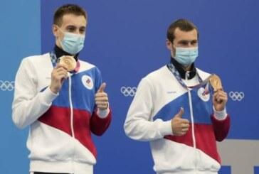 Все оттенки Олимпиады: Бондарь и Минибаев вместе прыгнули в бронзовую воду