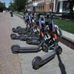 Электросамокаты предложили приравнять к мотоциклам